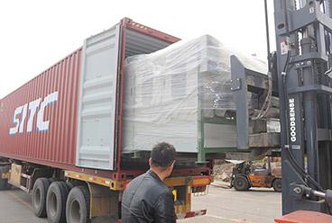 linha de pavimentação de folheado de madeira compensada e retificadora de borda de corte exportada para o Vietnã