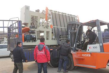 máquina descascadora de eixo e máquina de cortar aparador exportada para o Camboja